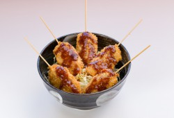 Miyazu-fu sauce Katsu-don<br> (Miyazu original sauce Clam-Katsu rice bowl)
